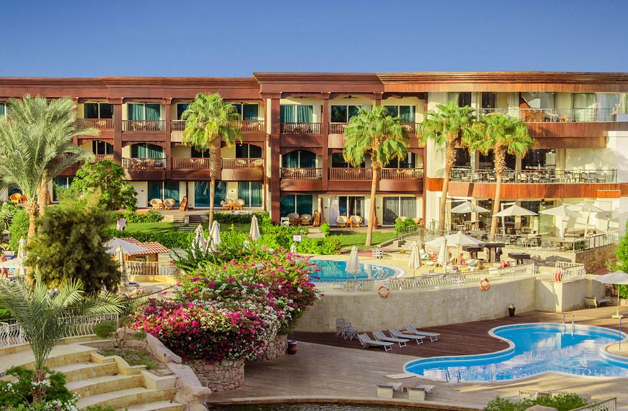 5 star luxury hotels worldwide benbie for Best hotels worldwide